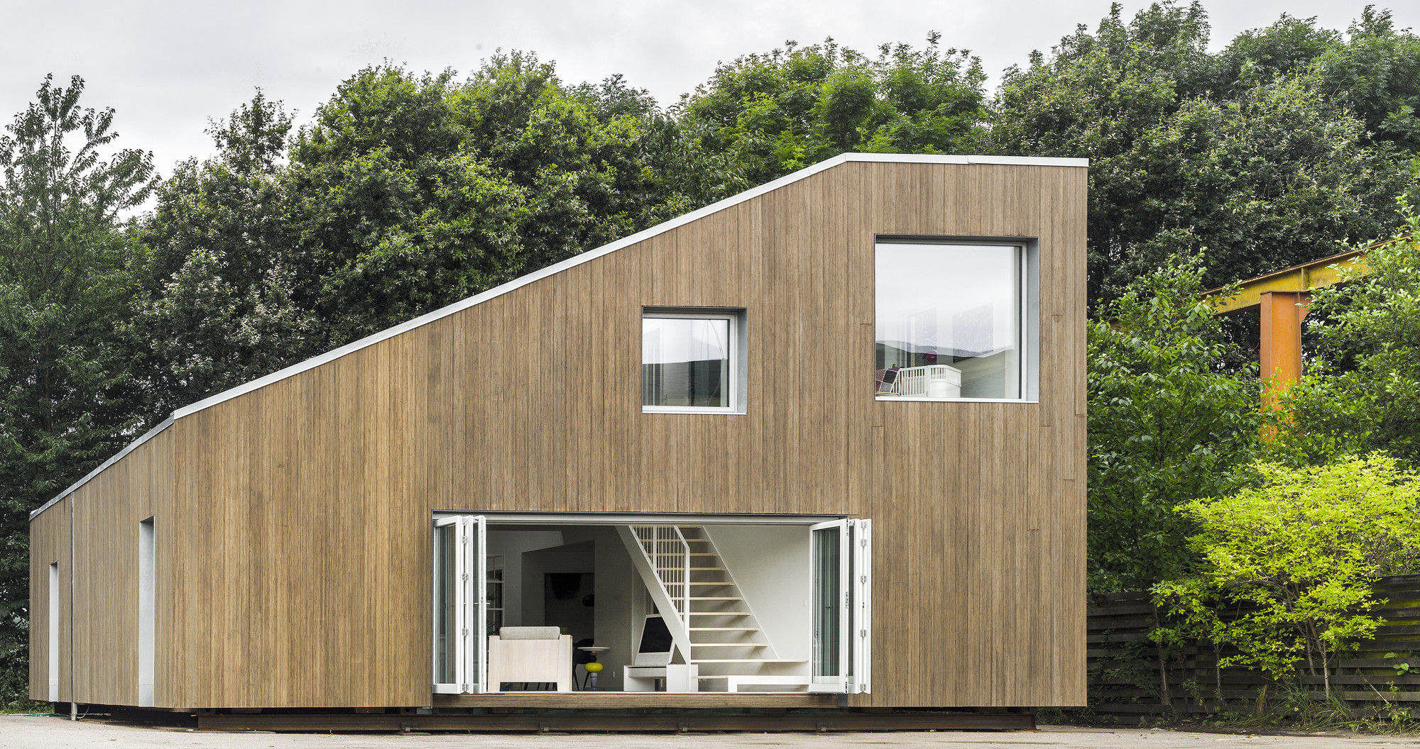 Sustainable Prefab House Made Of Shipping Containers Archipreneur