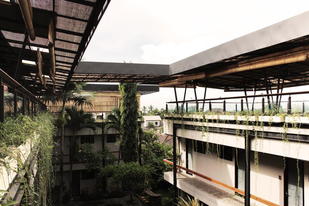 Courtyard of Roam by architect Alexis Dornier in Bali
